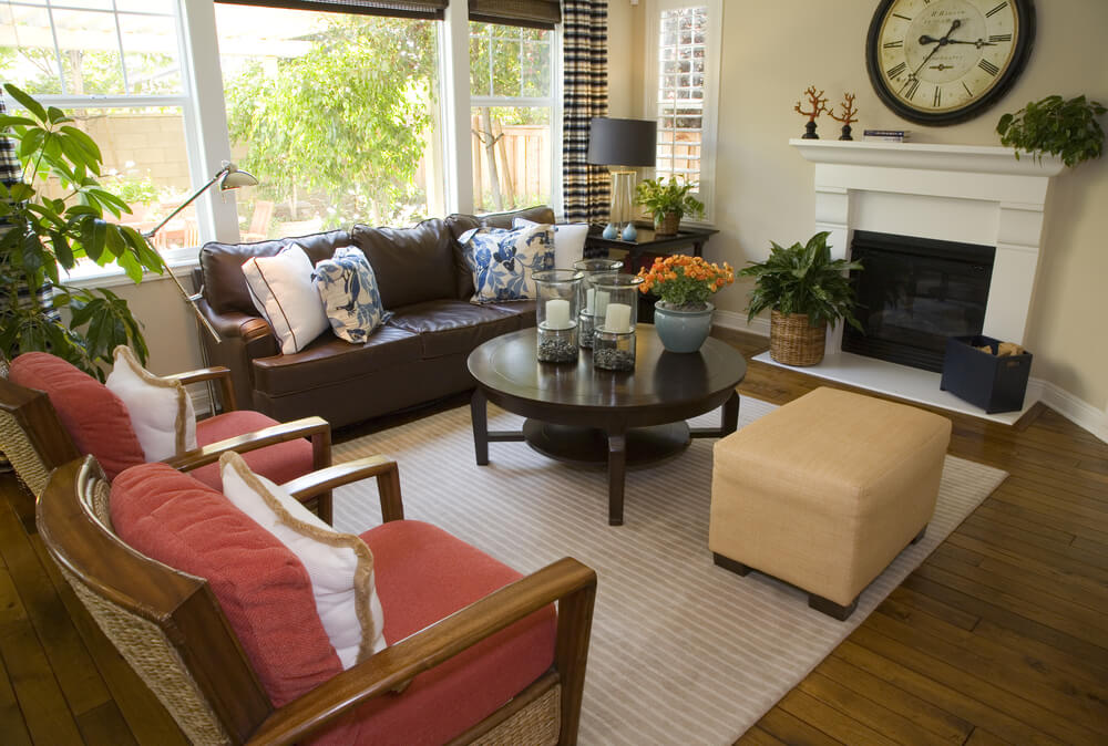 46 Swanky Living Room Design Ideas (MAKE IT BEAUTIFUL) - brown leather couch living room