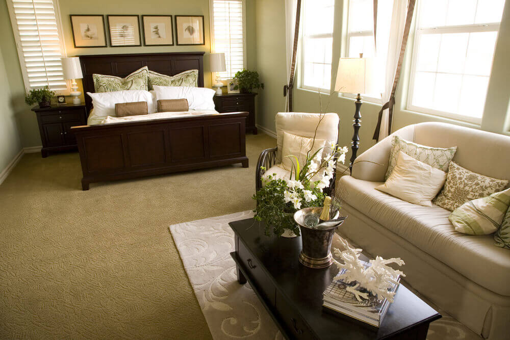 50 Professionally Decorated Master Bedroom Designs (Photos) - bedroom living room combo