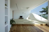 White Modern Mountain Home a Stunning Mix of Angles & Curves