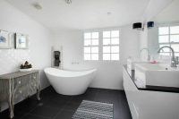 30 Master Bathrooms with Free