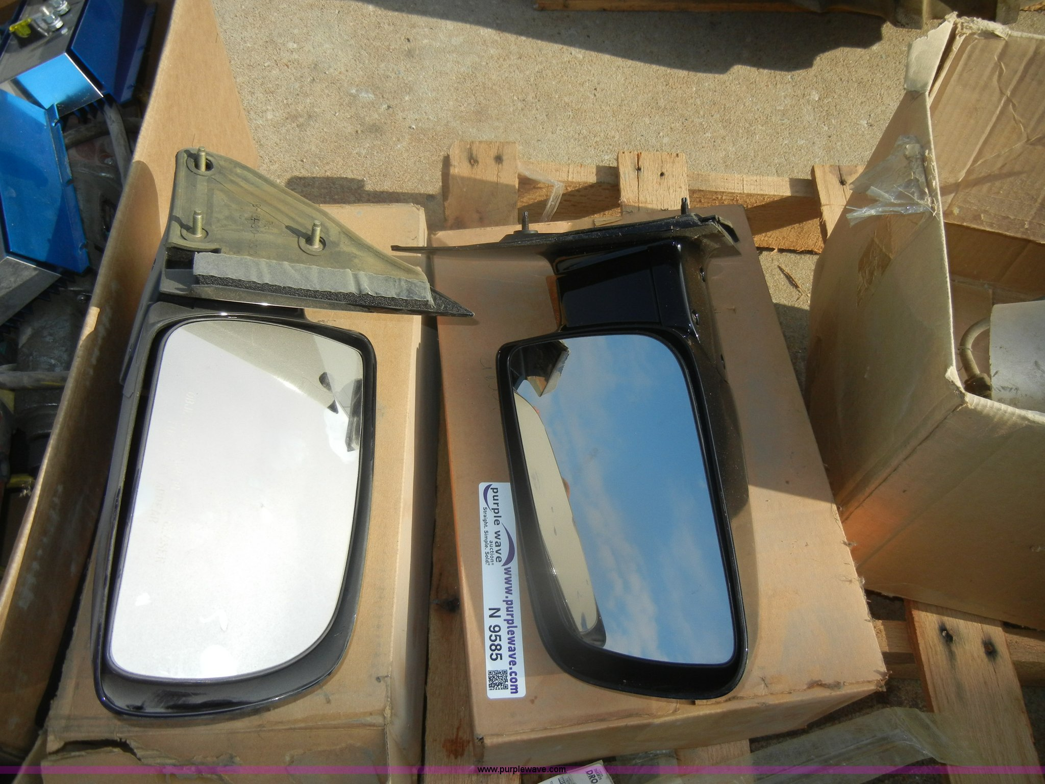 Mirror Inc Topeka Ks 2 Side Mirrors Item N9585 Sold September 19 Midwest A