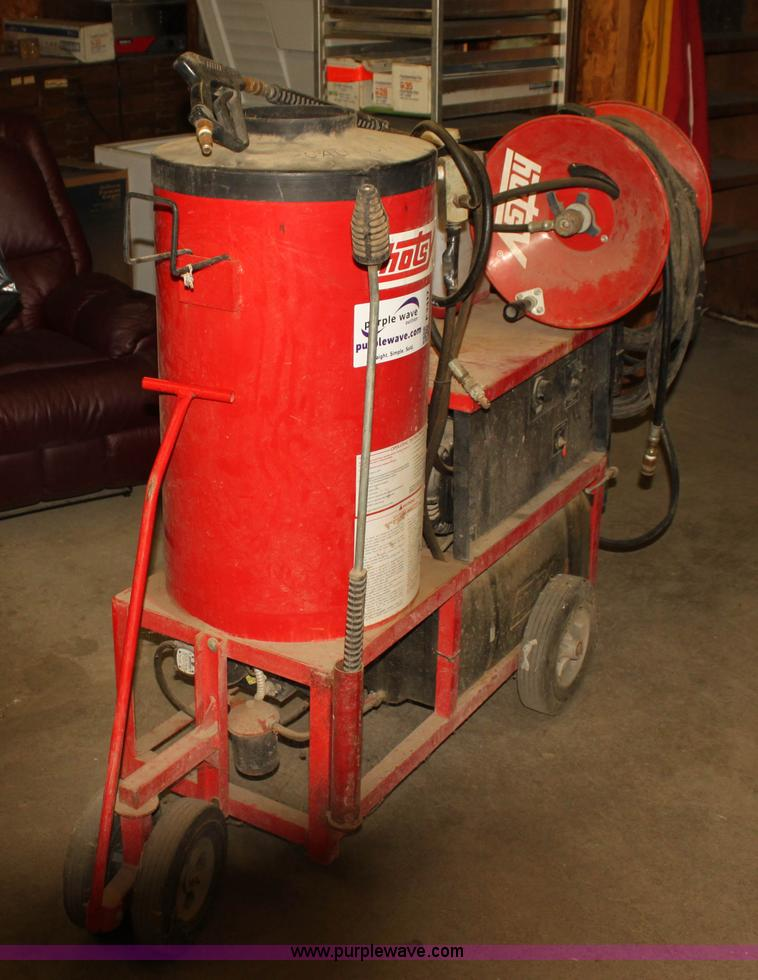 Hotsy 980B hot water pressure washer Item F3417 SOLD! Fe
