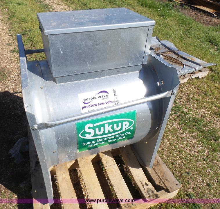 Sukup grain bin floor dryer Item L2002 SOLD! May 25 Ag E