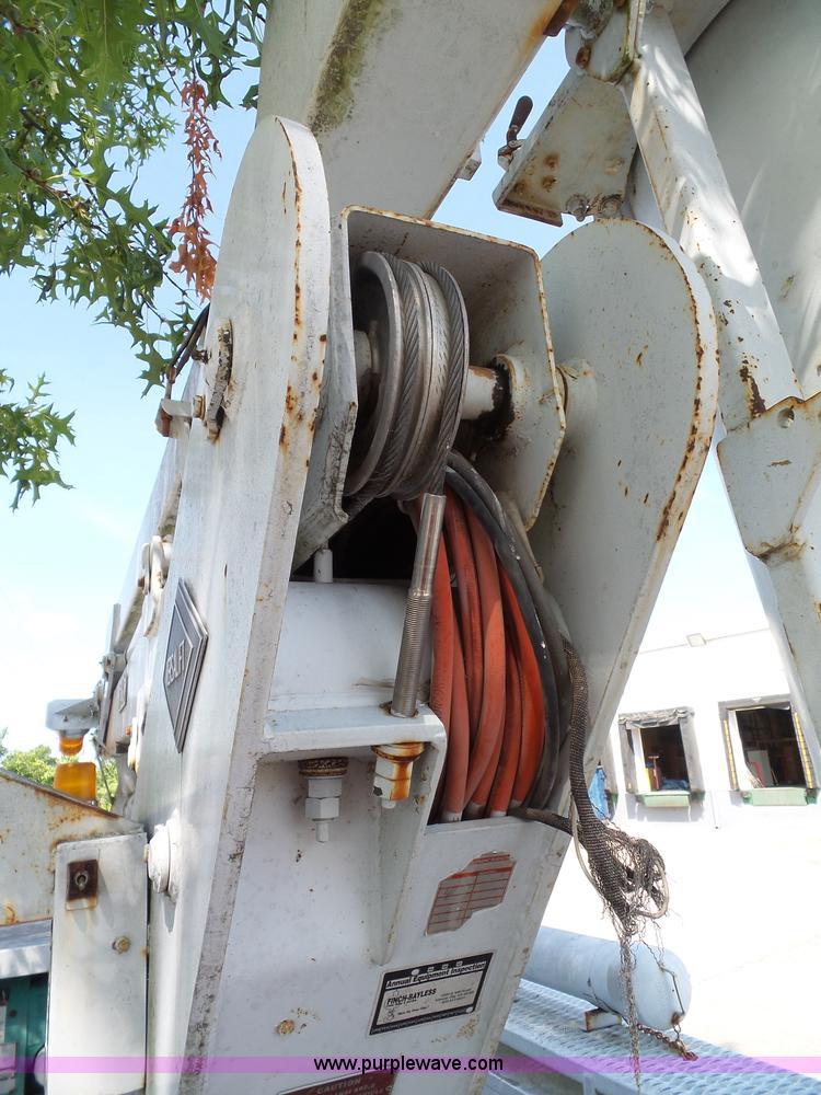 1991 GMC Sierra 3500 SL bucket truck Item J4002 SOLD! Se