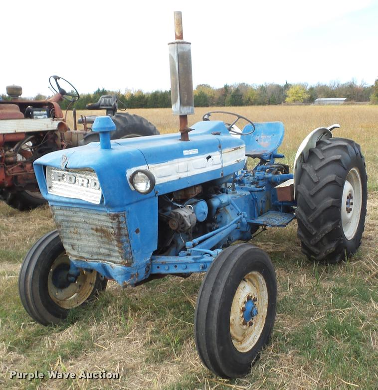 1967 Ford 3000 tractor Item AG9133 SOLD! December 28 Veh