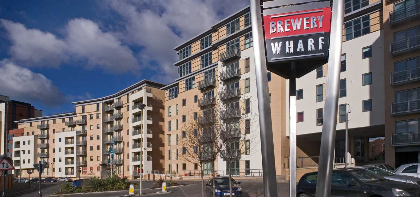 One Bed Flat Leeds Leeds 1 Bed Flat St James Quay Ls10 To Rent Now For 650 00 P M