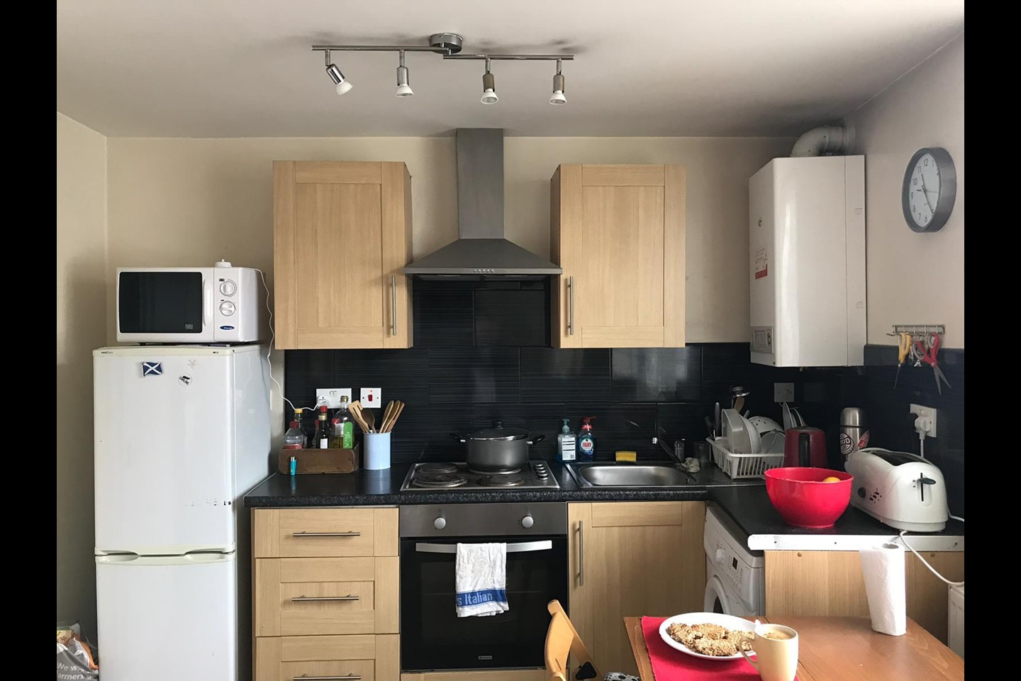 One Bed Flat Leeds Leeds 1 Bed Flat Kirkstall Lane Ls5 To Rent Now For 545 00 P M