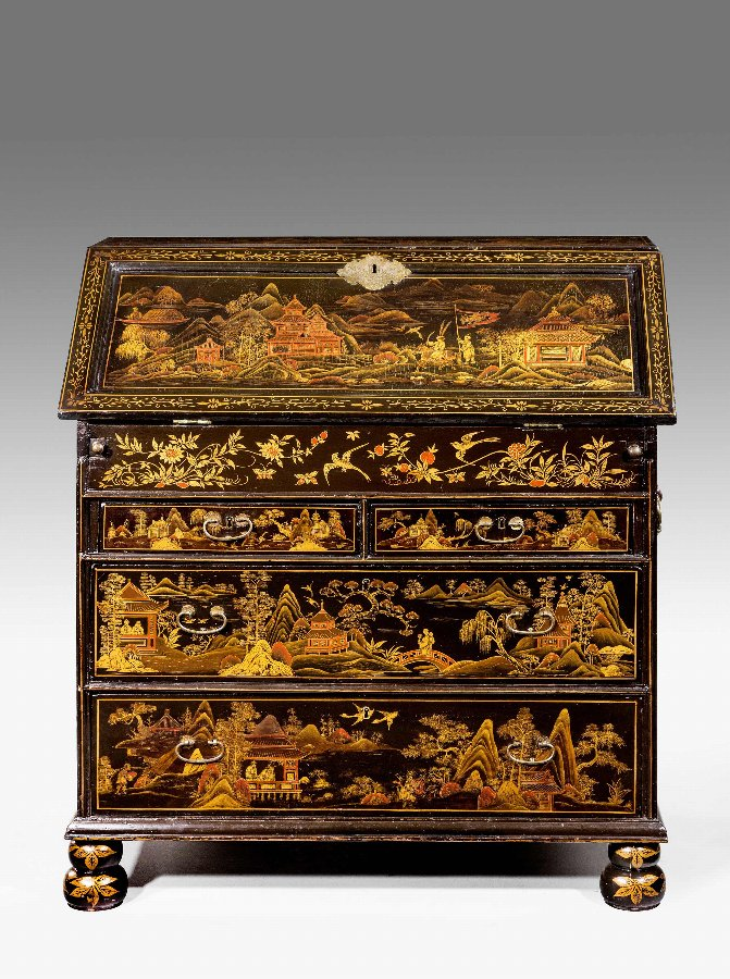 Antique A Rare 18th Century Chinese Lacquered Bureau