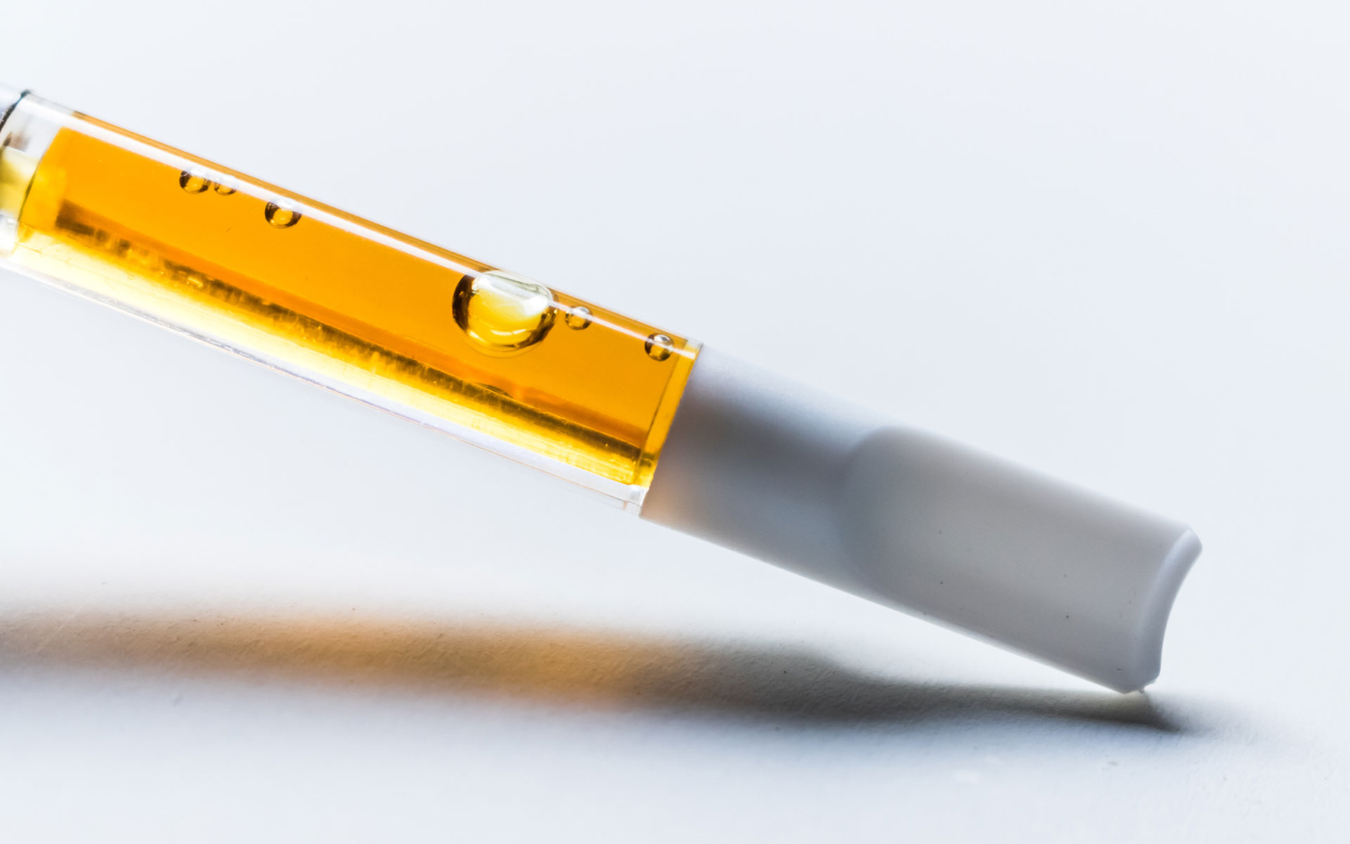 Vaporizer China Suppliers Journey Of A Tainted Vape Cartridge A Leafly Investigation