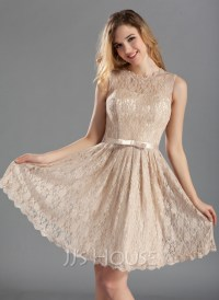 A-Line/Princess Scoop Neck Knee-Length Lace Bridesmaid ...
