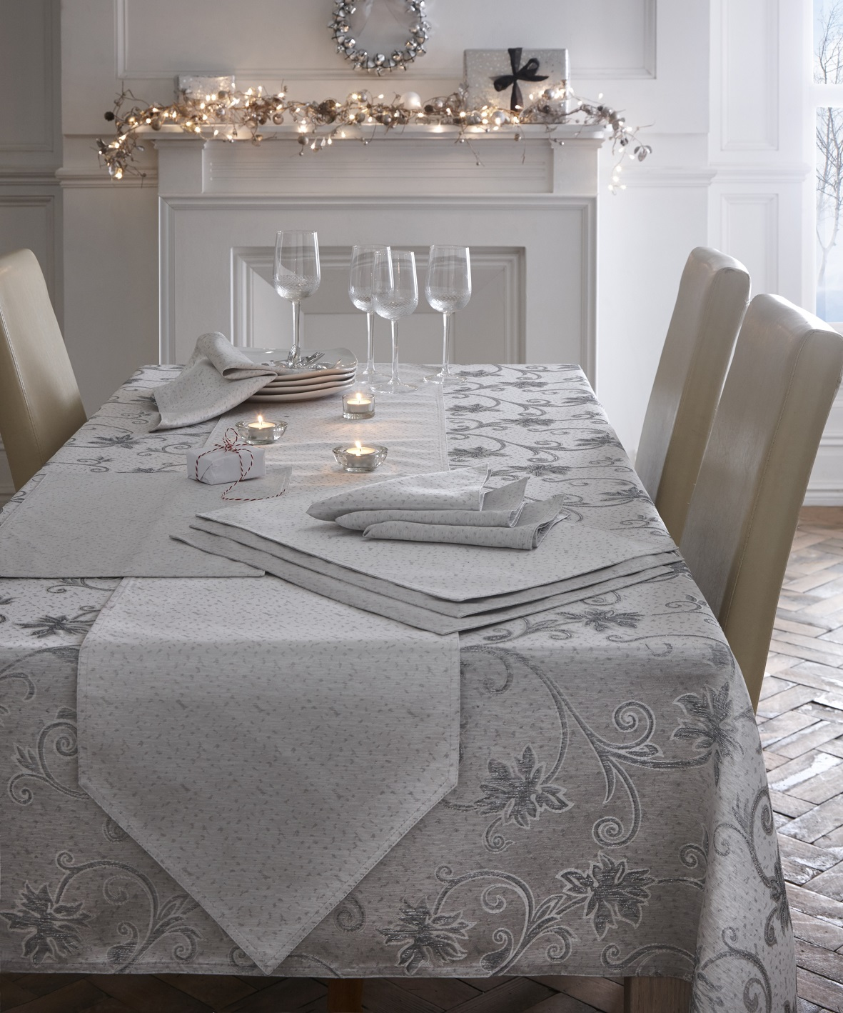 Diy 8 Person Dining Table Embroidered Glitter Christmas Dining Table Cloth Runner