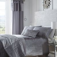 Portofino - Luxury Crushed Velvet Duvet Bedding Set ...