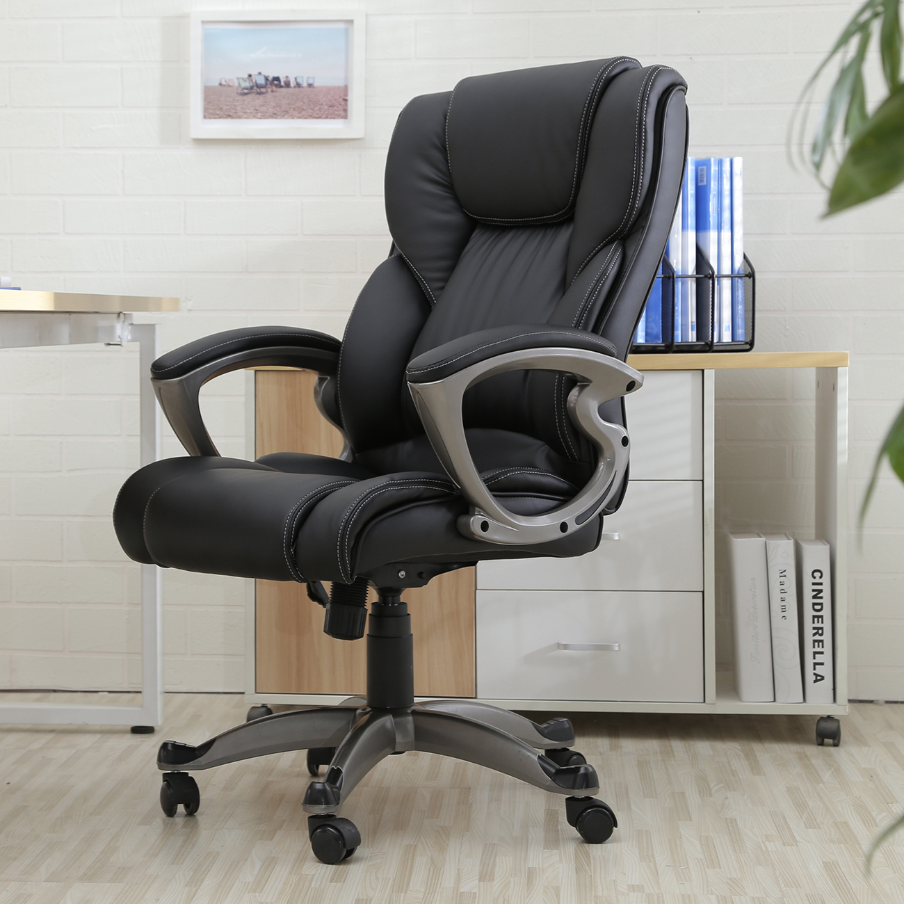Ergonomic Work Chairs Black Pu Leather High Back Office Chair Executive Task