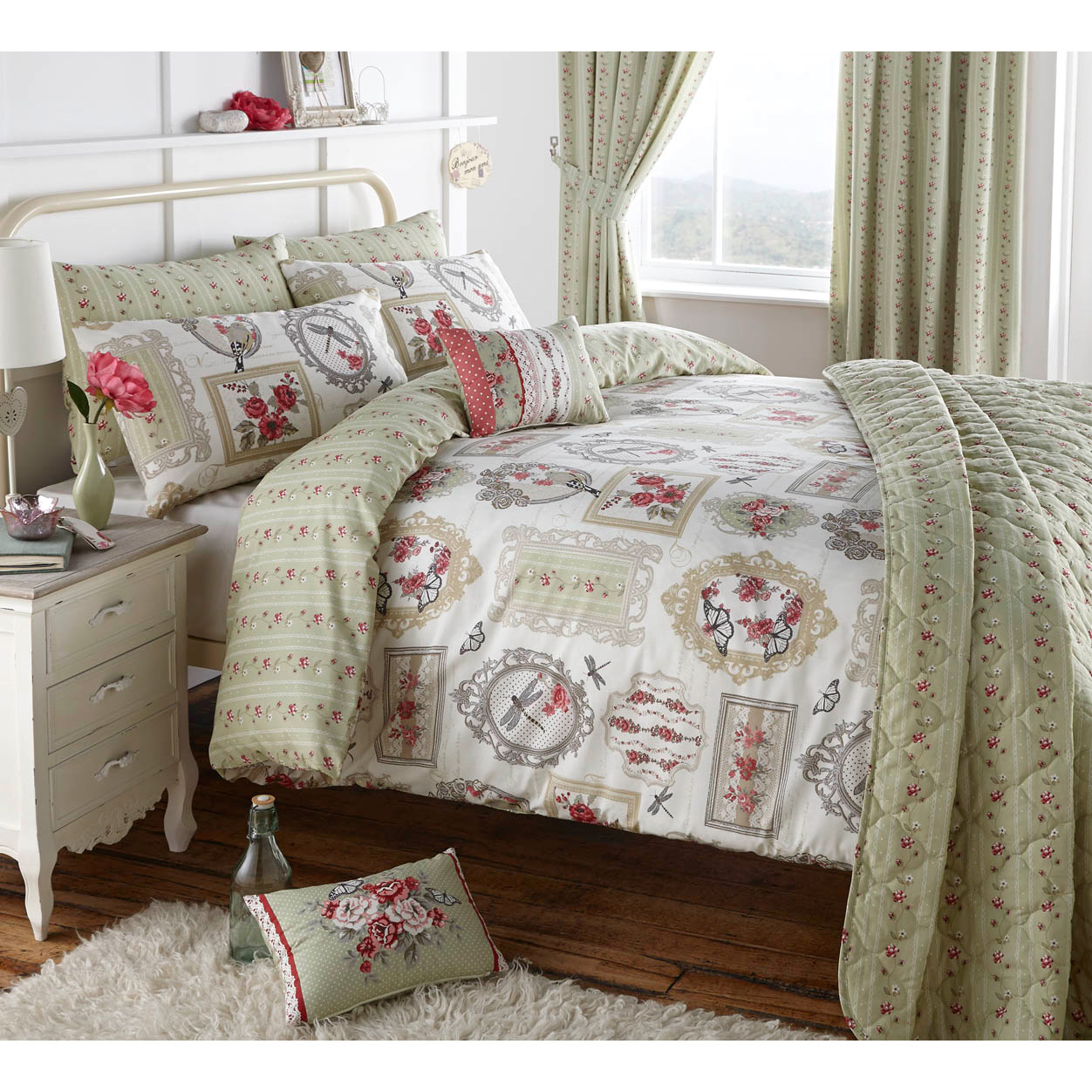 Pretty Bed Covers Pretty Roses Butterflies And Bird Bedding Vintage Chic
