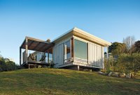 A Compact Prefab Vacation Home - Dwell