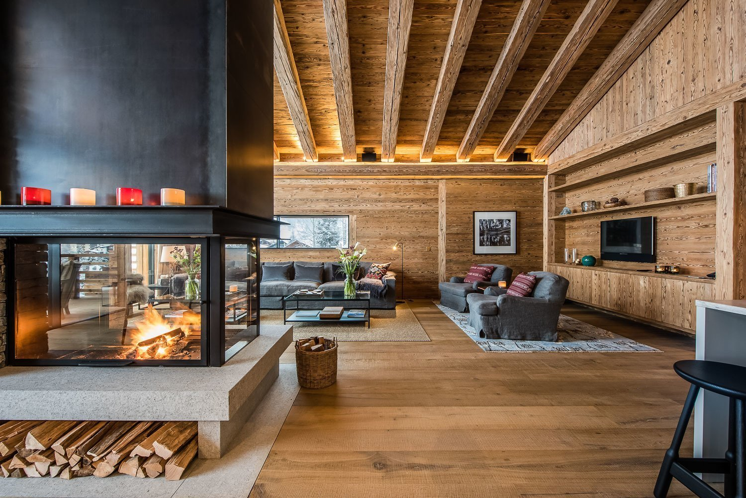 Photo 4 of 10 in 10 Modern Fireplaces That Make For