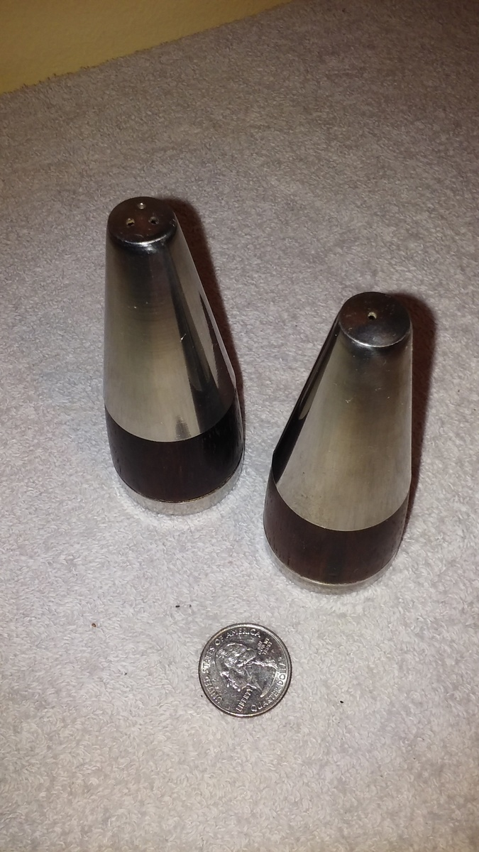 Modern Salt Pepper Shakers Another Pair Of Mid Century Modern Salt Pepper Shakers