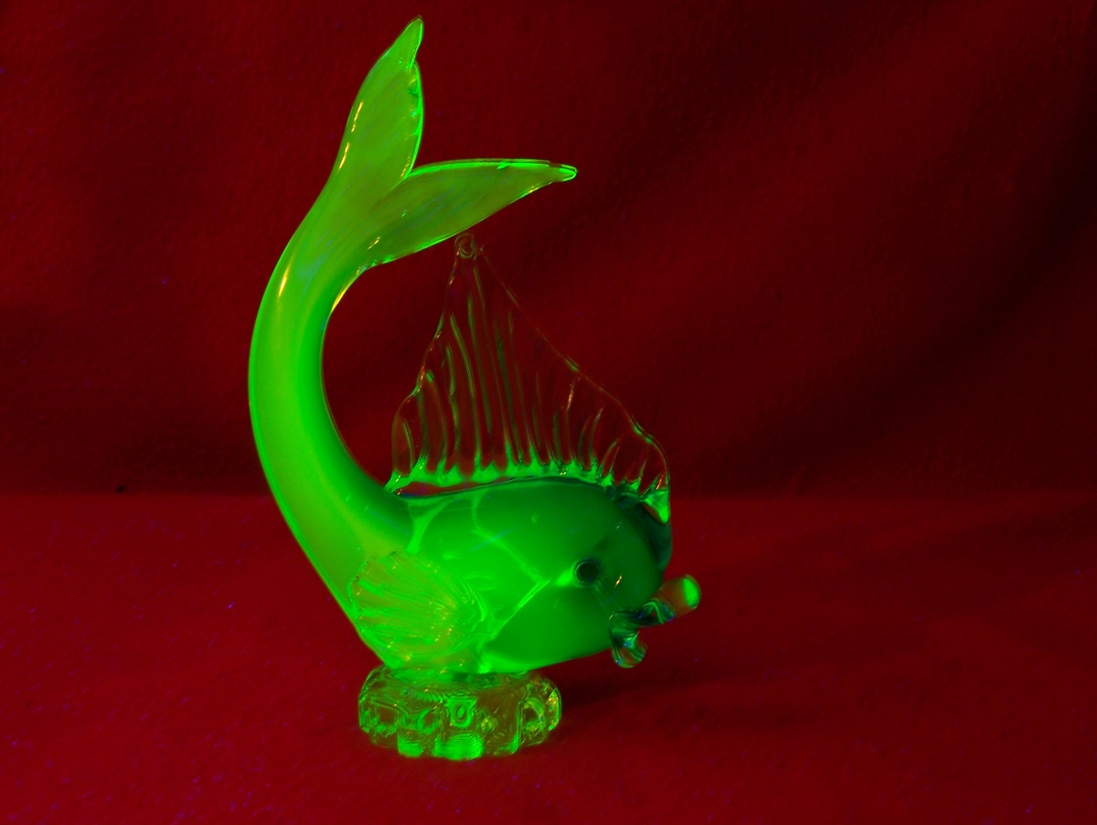 Arte Murano Caracas It S Fishin Season Icet Arte Murano Uranium Glass Fish