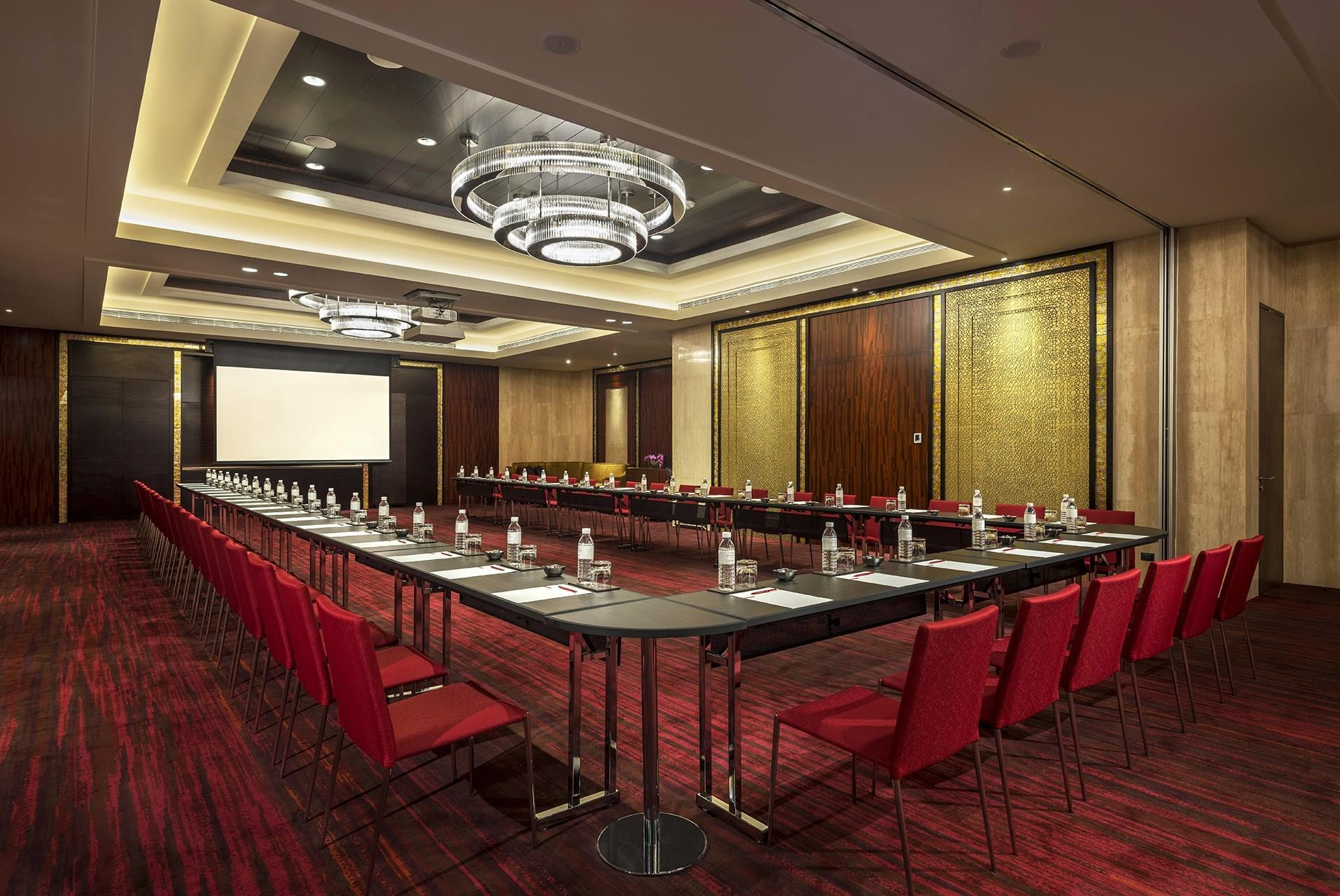 Grand Salon Meetings And Events At Grand Hyatt Manila Manila Ph