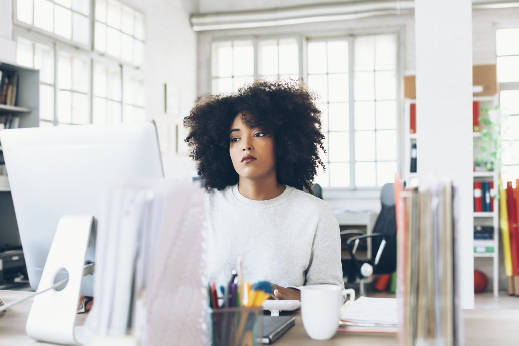Ask the Headhunter Should I just quit, or find a new job first - how to find a head hunter