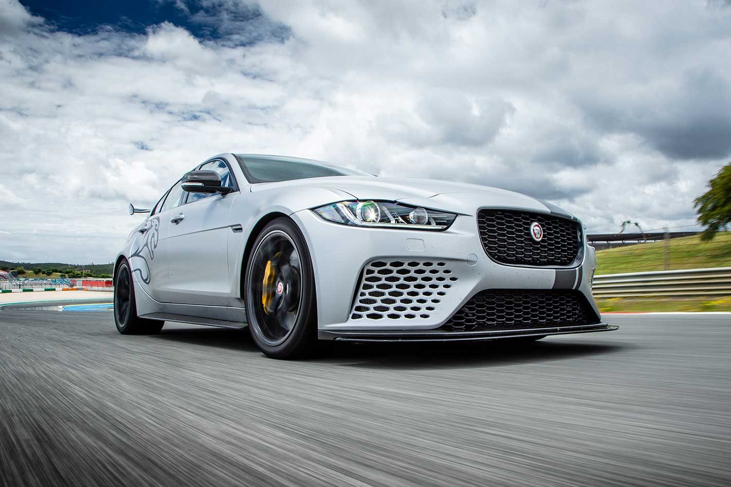 Jaguar Xe Sv Project 8 2018 Jaguar Xe Sv Project 8 Performance Review