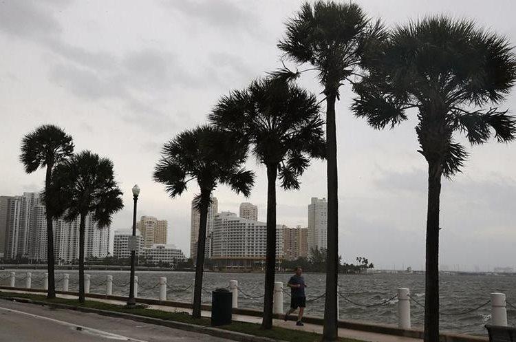 Reporta Cuba 10 muertos por 'Irma'