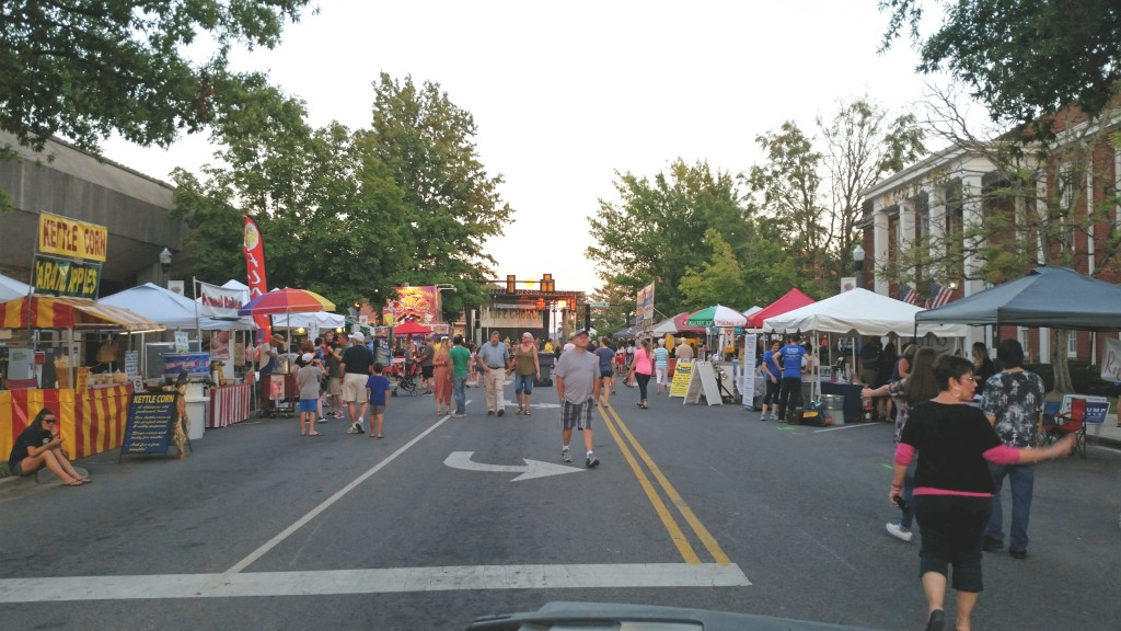 Fall Fun Fest brings food and fun to Cookeville square tntechoracle