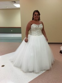 David's Bridal Bling princess Wedding dress Preowned ...