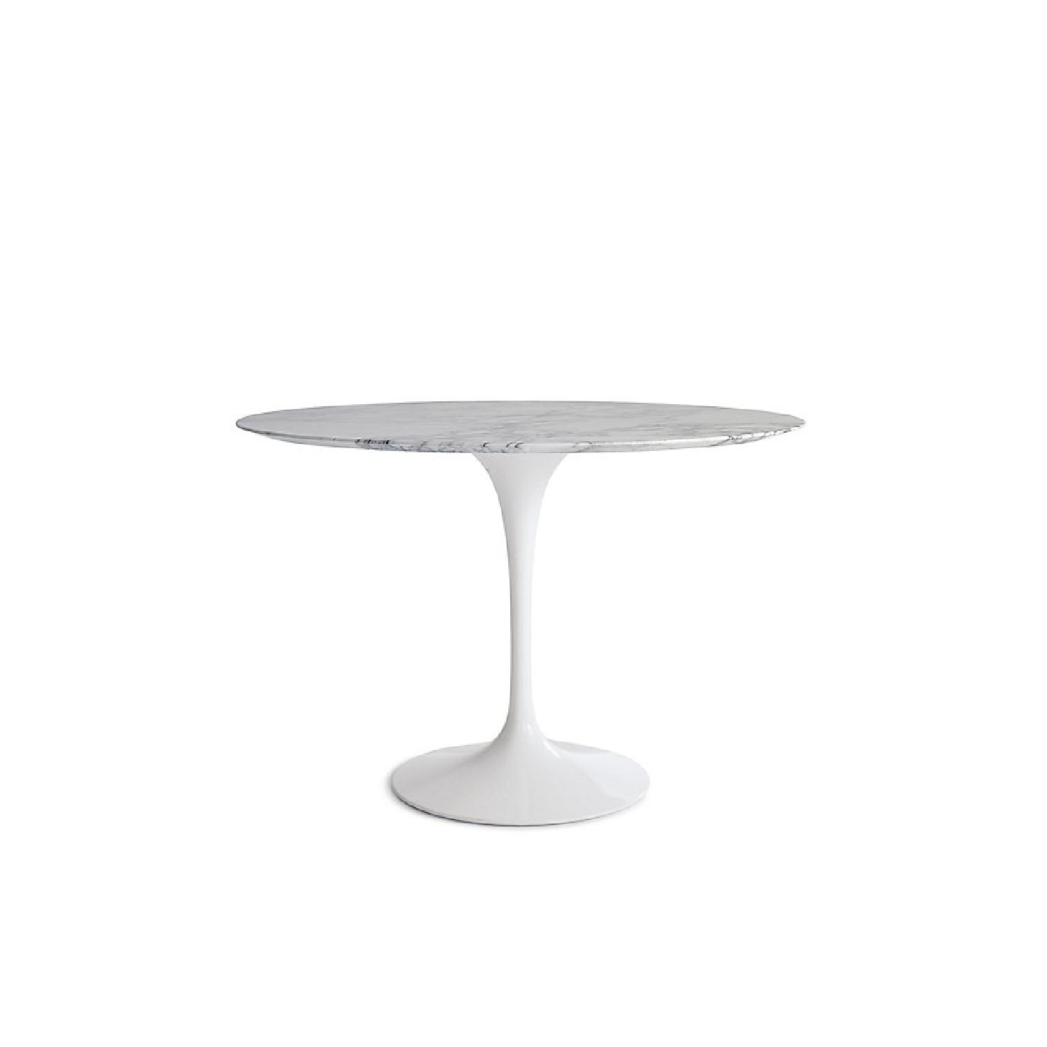 Tulip Table Tulip Style Round Marble Dining Table