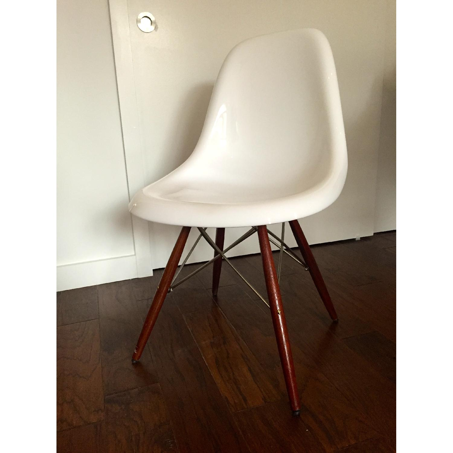 Eames Molded Plastic Chair Knockoff Used Herman Miller Eames Reproduction For Sale In Nyc