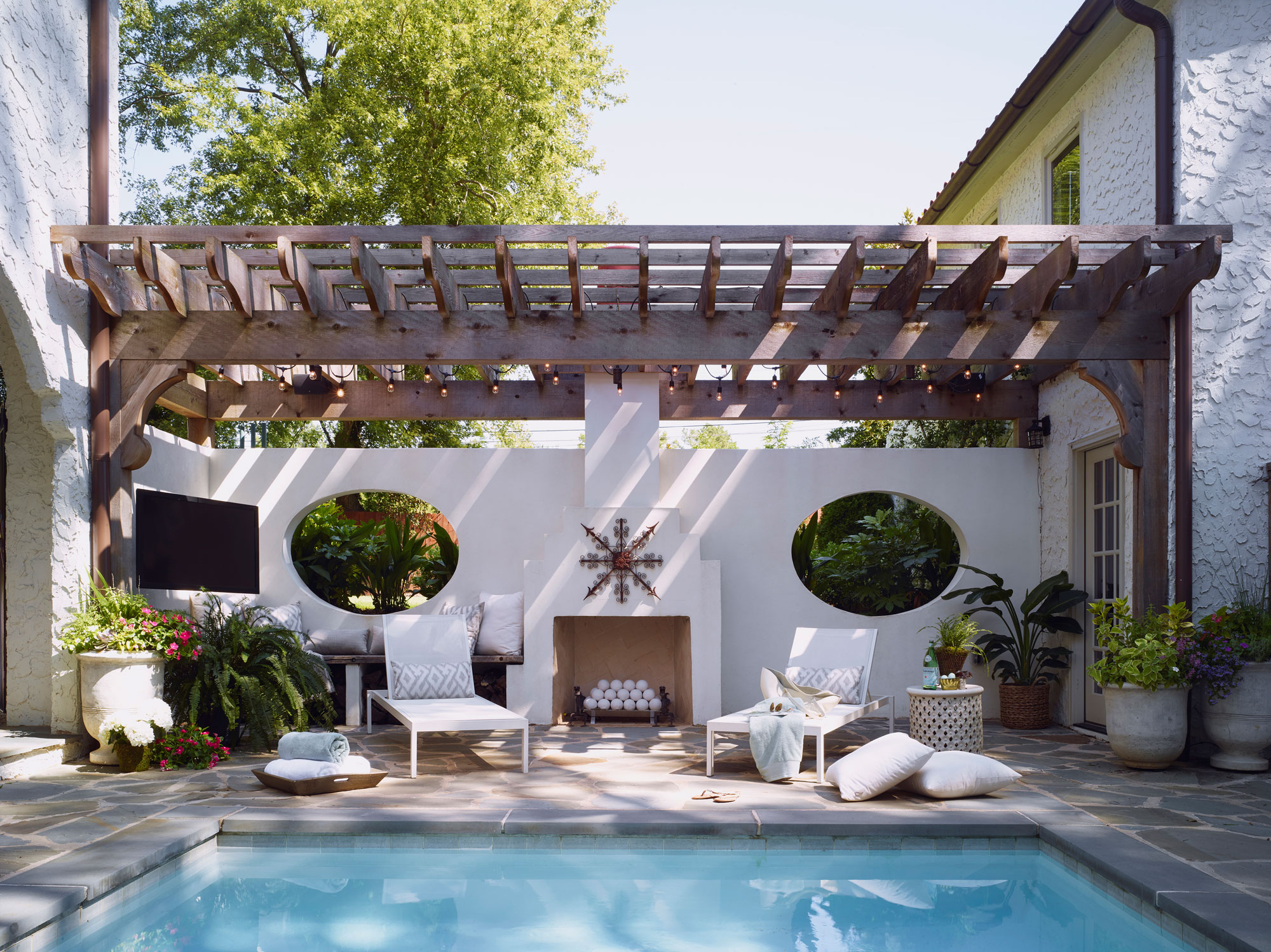 Pool Aus Paletten Viereckig 5 Summer Decorating Tips To Make Your Space The Place To Be