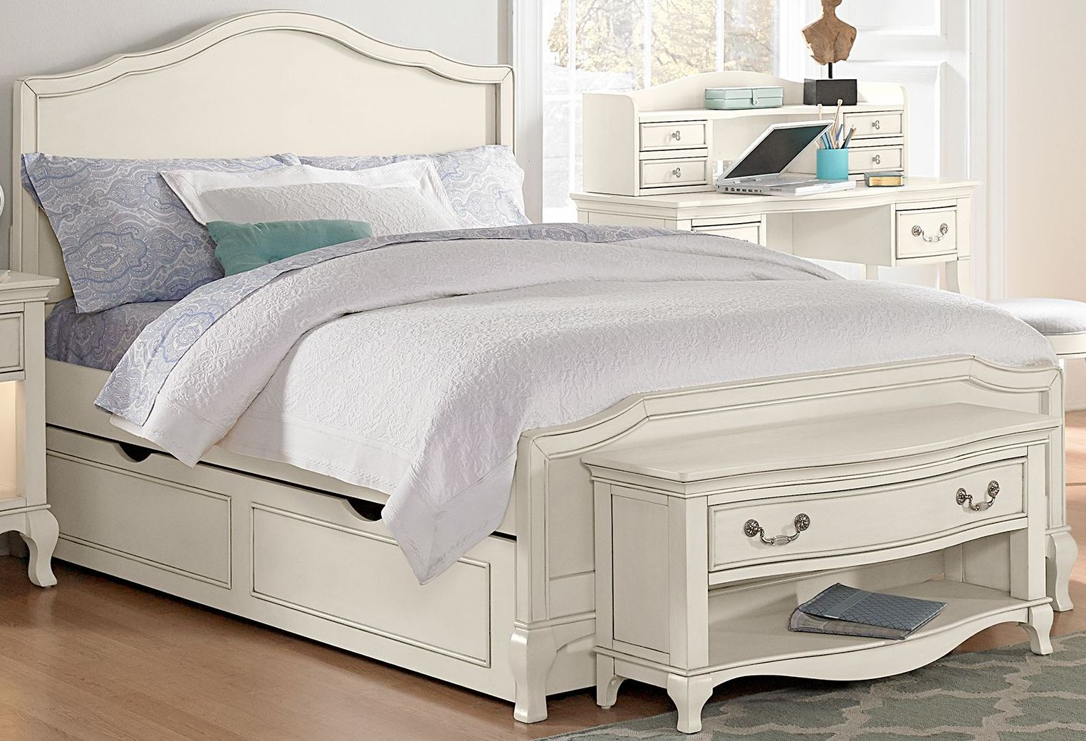 White Trundle Bed Kensington Antique White Charlotte Full Panel Bed With