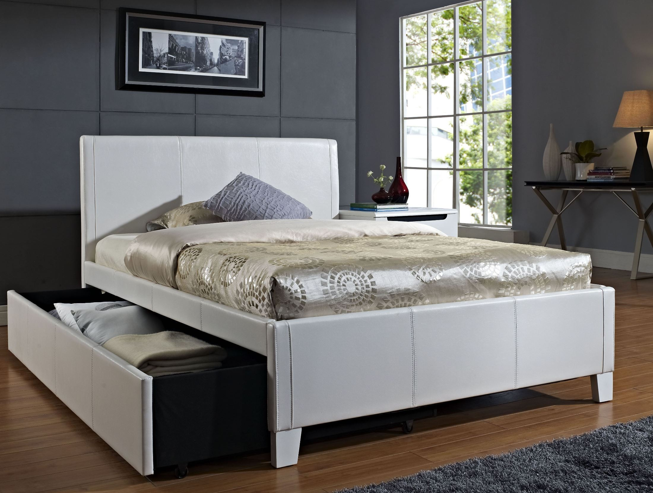 White Trundle Bed Fantasia White Full Upholstered Trundle Bed From Standard