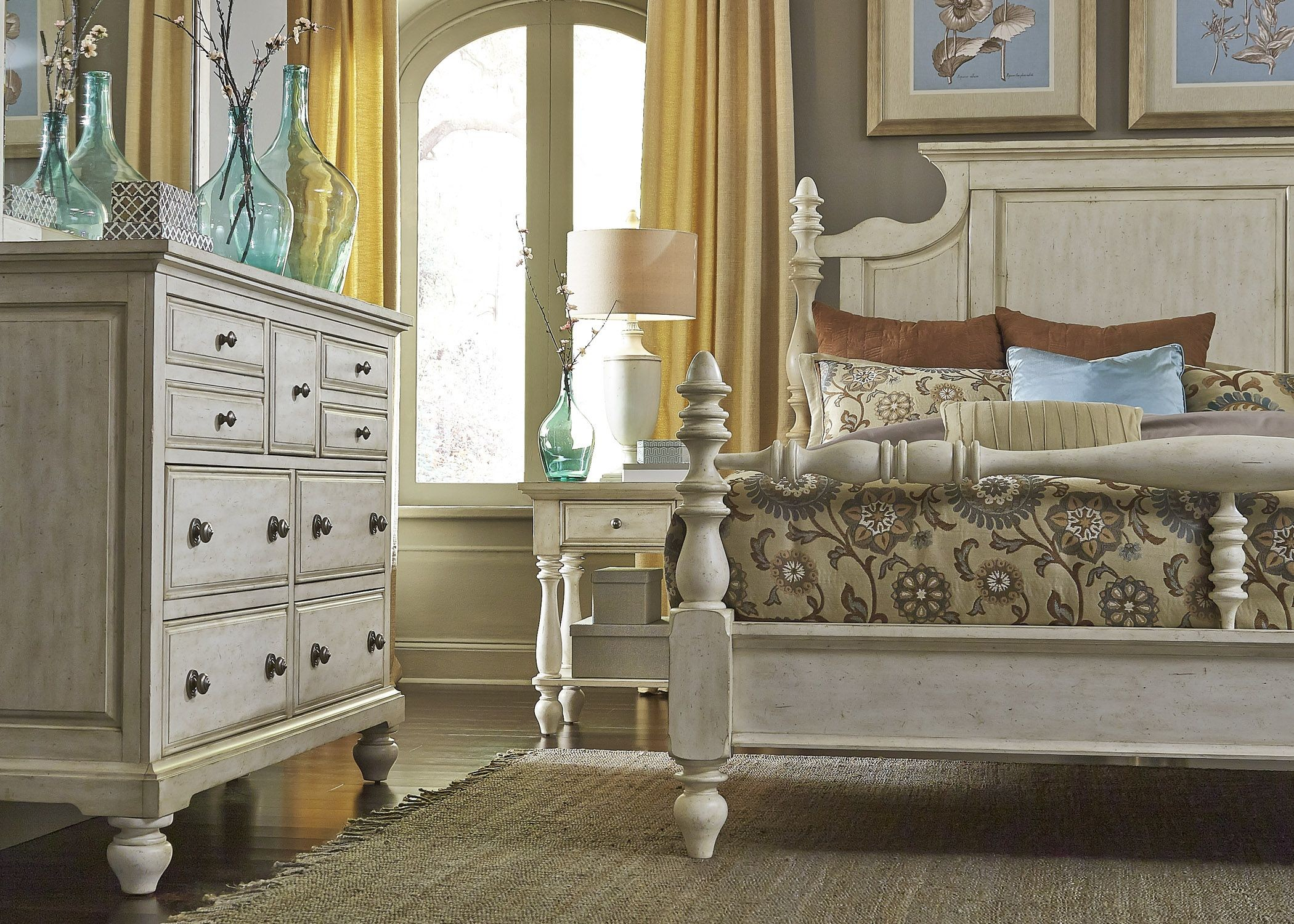 High Poster Bed King High Country White Poster Bedroom Set From Liberty 697 Br
