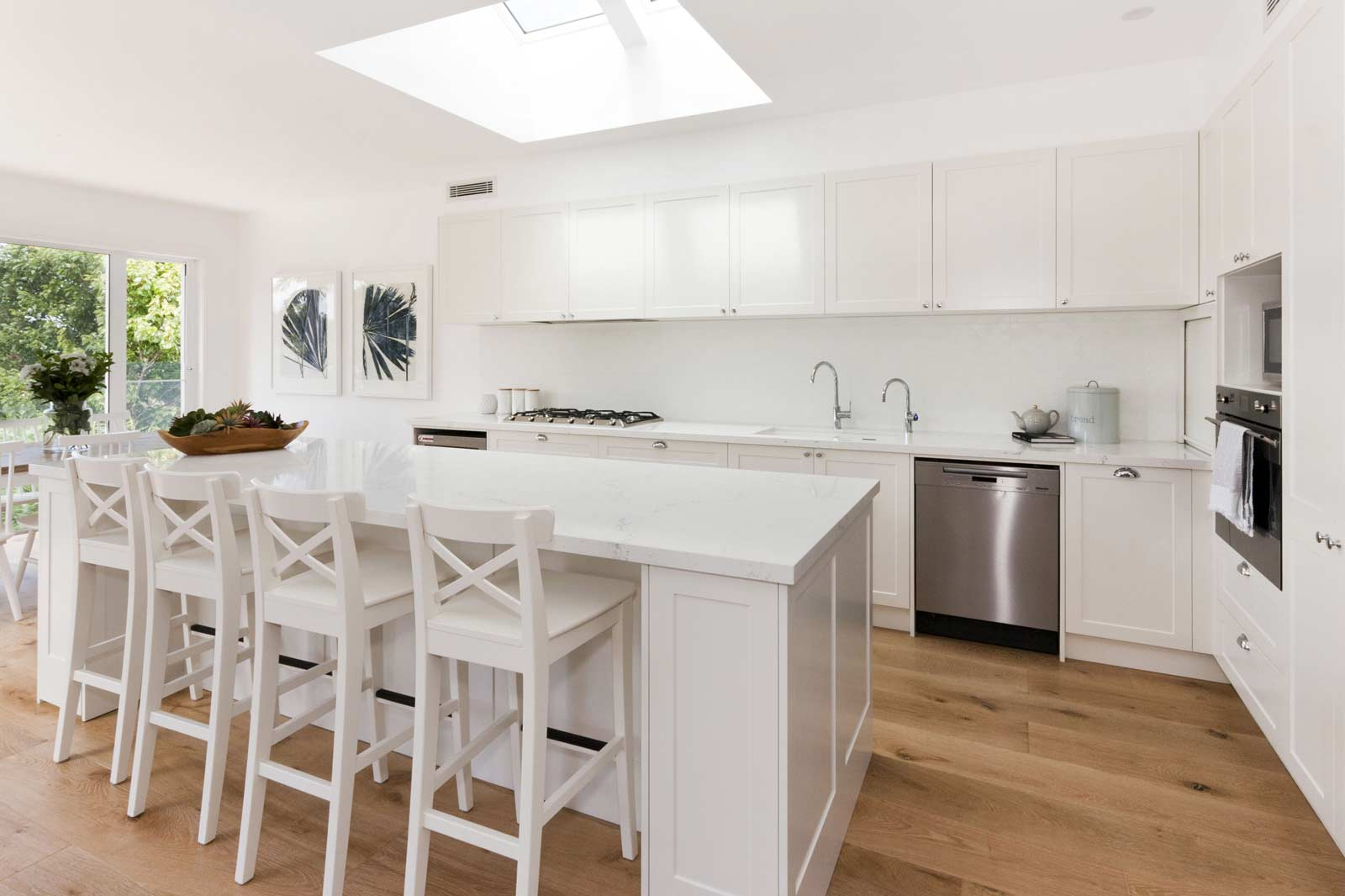 Hamptons Kitchens Premier Kitchens Contemporary Hampton S Style Kitchen Completehome