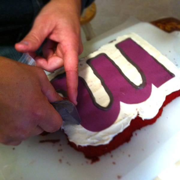 Making a Custom Cake 5