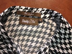 Ladies back neck label and hanger Loop