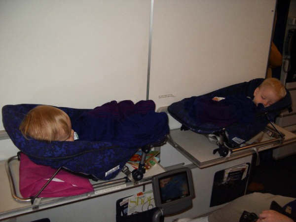 Baby Bassinet On Plane Flying With Baby Page 4 Flyertalk Forums