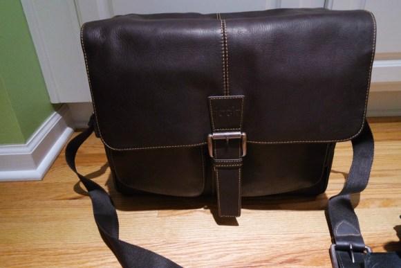 Jill-E-Designs-Messenger-Camera-Bag