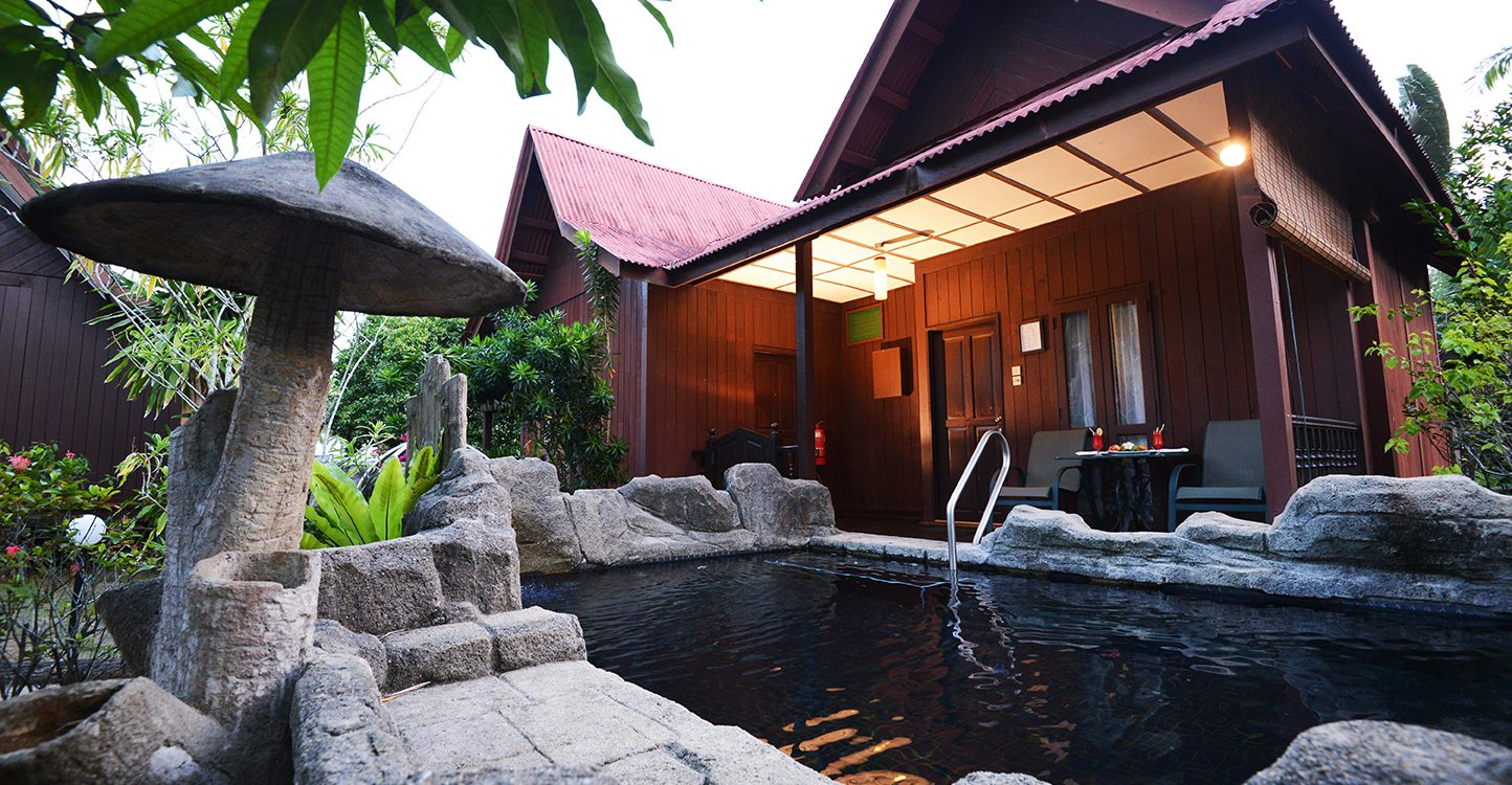 Romantic Pool Ideas 8 Super Lepak Holiday Lodges In Malaysia With Private Pools From
