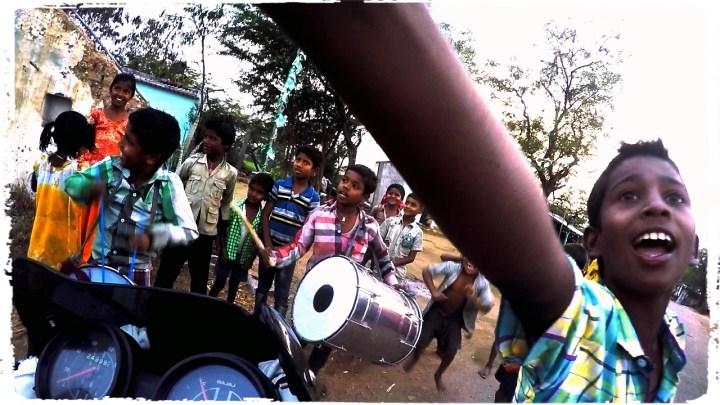 dagsvstheworld, motorcycle through india, hampi, rtw trip motorcycle, wanderlust, adventure, mumbai, amanita caves, hindu, indian school kids, ellora caves, ajanta caves