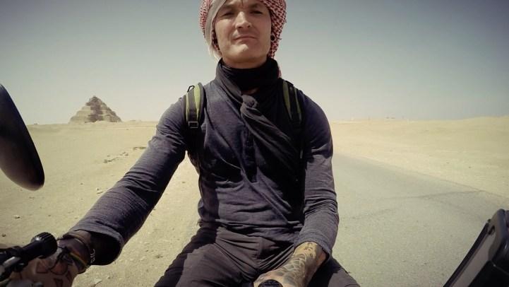 motorcycle through egypt, Cairo, Pyramid, the great pyramid, wanderlust, adventure, dagsvstheworld, dags VS egypt, RTW trip