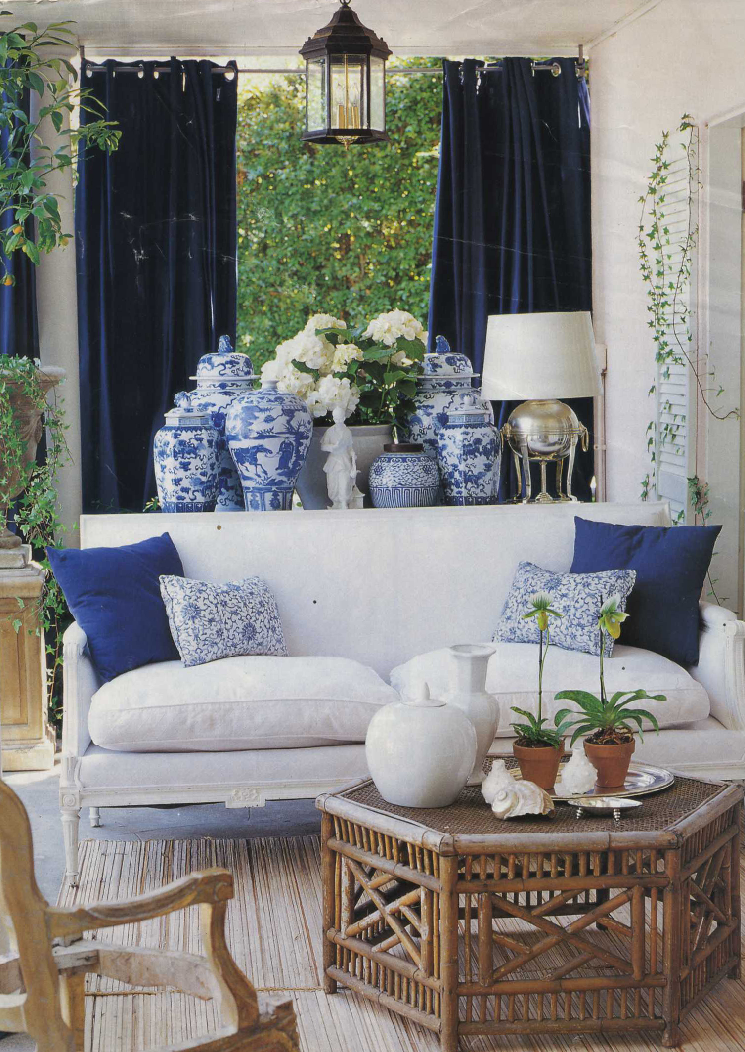 Blue And White Living Room Chinoiserie Chic The History Of Blue And White Porcelain