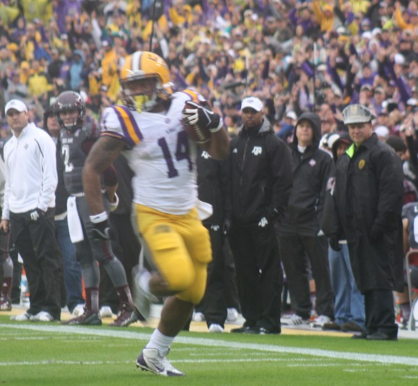 LSU Magee big day against the Aggies, 1 td, and 149 yrds rushing.