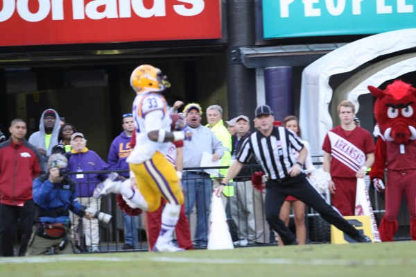 LSU RB Hill into the endzone.