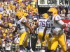 LSU QB Harris scores a td on a keeper.