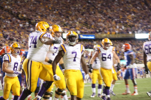 LSU Fournette celebrates his td.