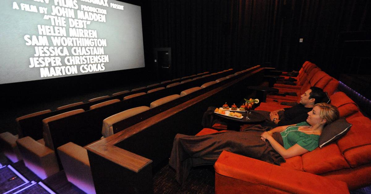 Foldable Chairs Luxury Seats Key To Renovated Suburban Movie Theaters