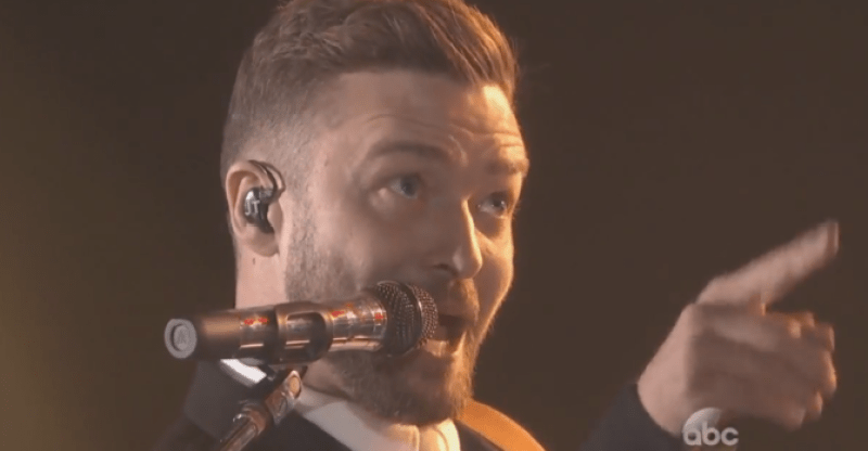 Justin timberlake and chris stapleton perform drink you for Tennessee whiskey justin timberlake