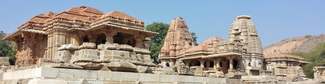 Mother-in-law and Daughter-in-law Temples Alongside Each Other